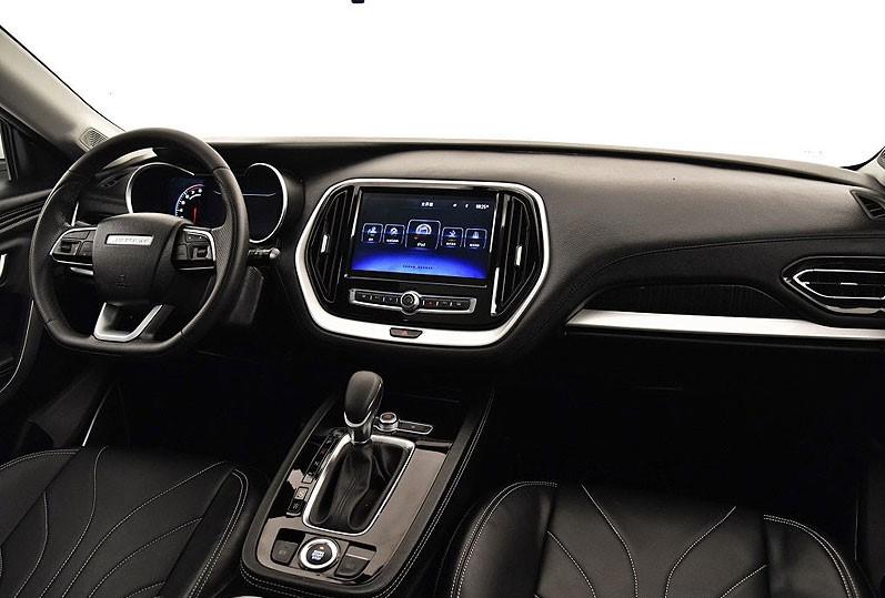 مواصفات سيارة جيتور X70 من الداخل